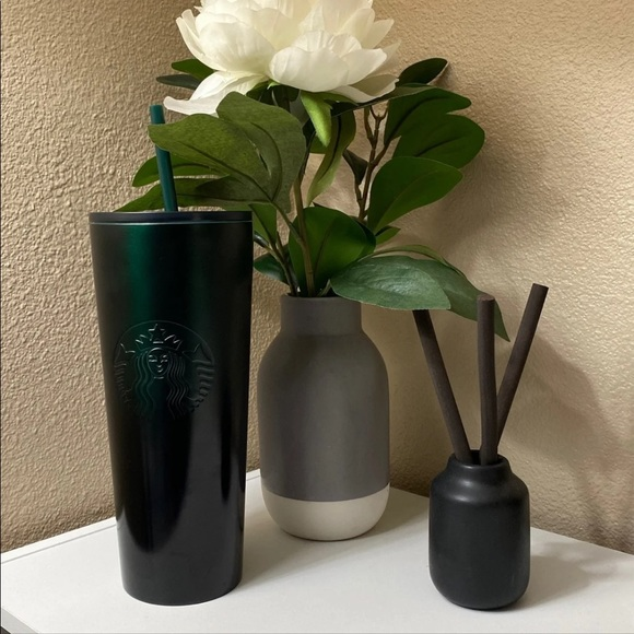 NWT Starbucks Green Ombre Cup